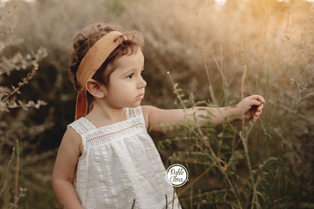 Foto de Bebé en el campo