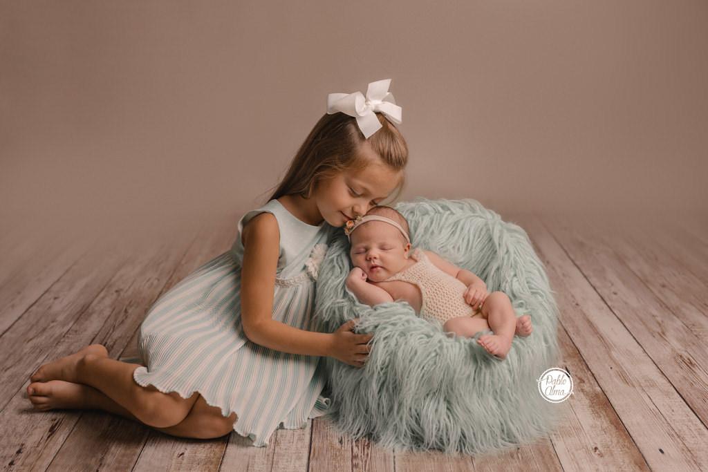 Bebé recién nacido - Hermanas