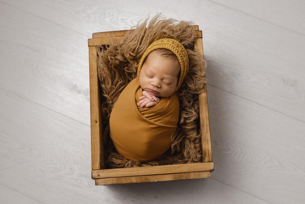 Foto de Bebé Recién Nacido en estudio