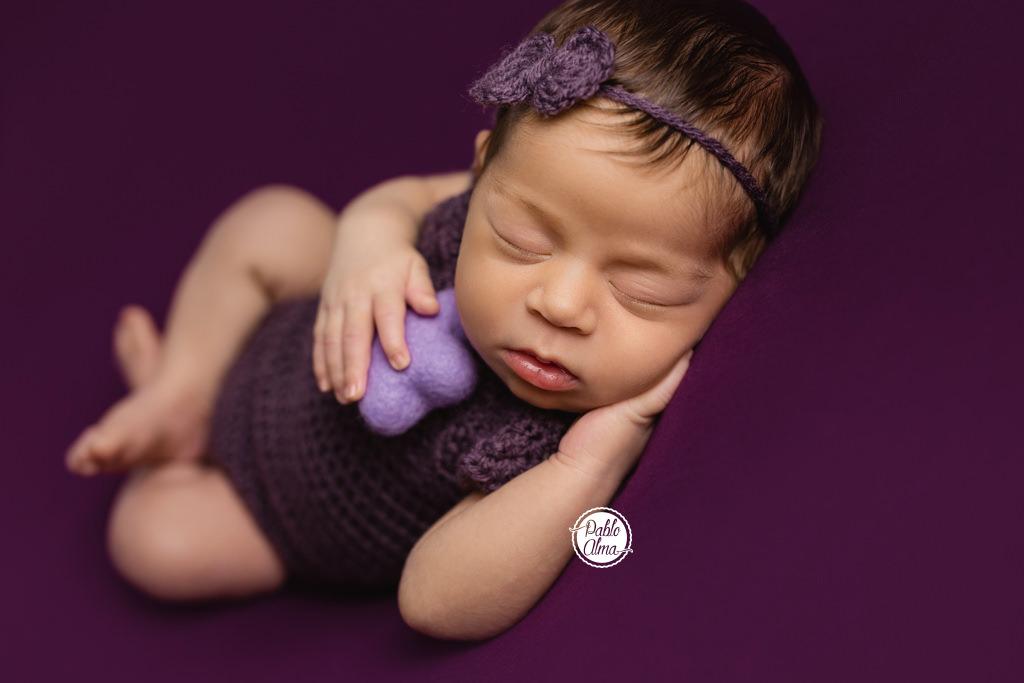 Recién Nacido durmiendo con estrella - Niña