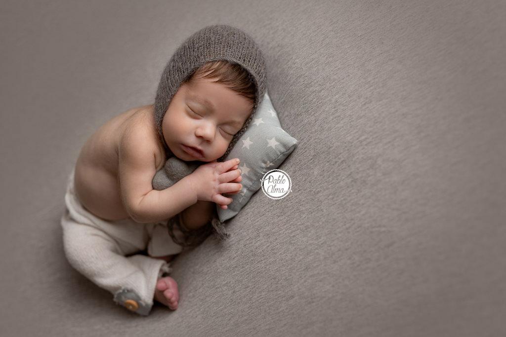Foto de bebé con menos de 12 días