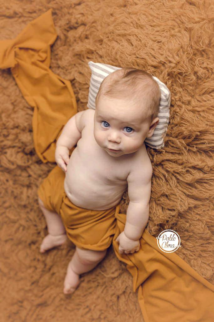 Foto de Bebé - Color Mostaza