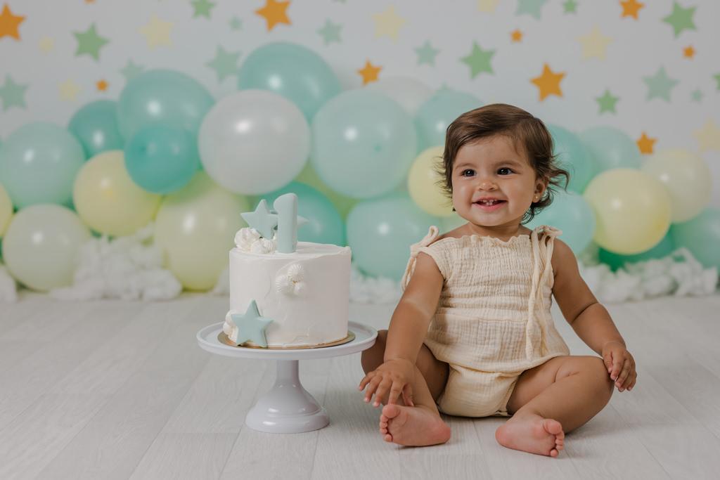 Foto de Bebé Smash Cake sonriendo