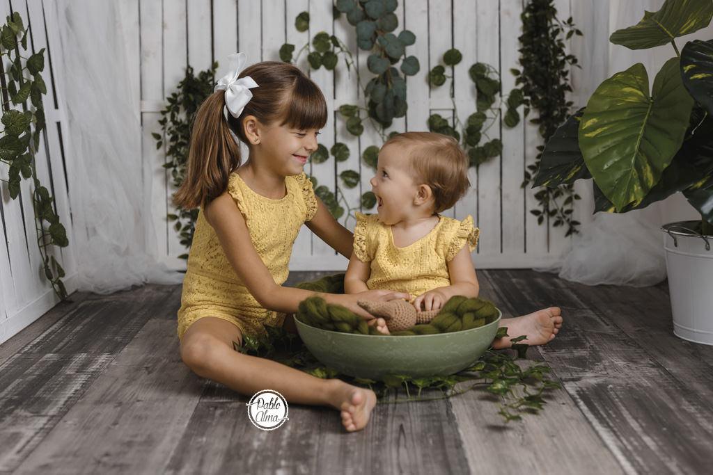 Foto de Bebés - Hermanas