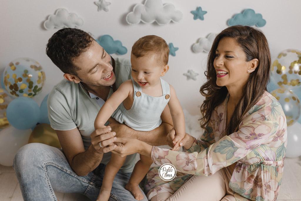 Foto de Familia sonriendo