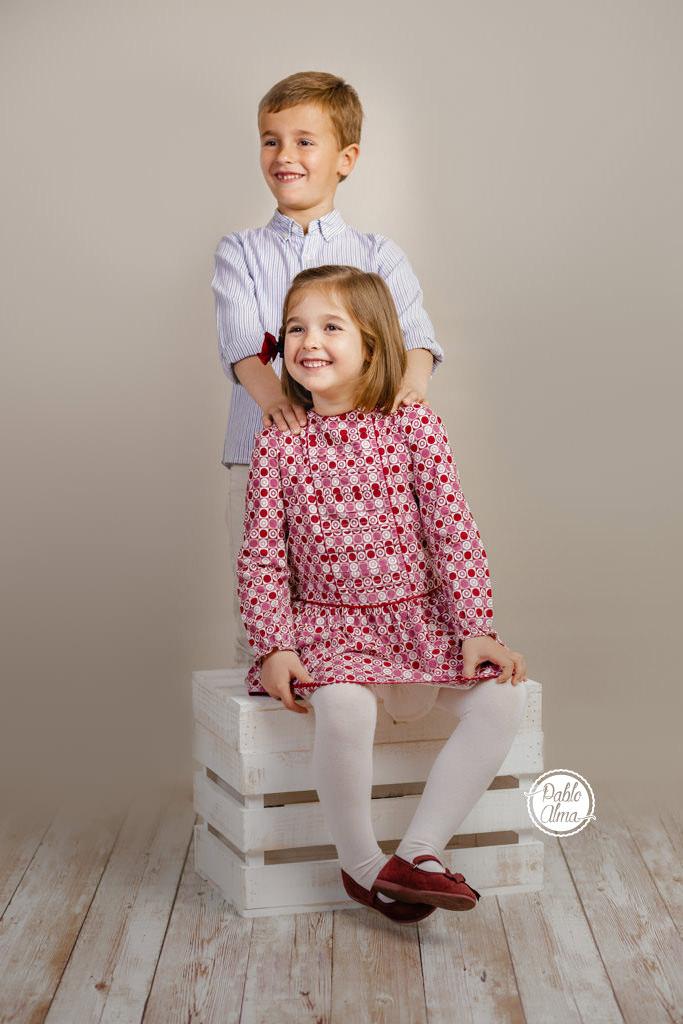 Foto de niños en estudio - Hermano / Hermana