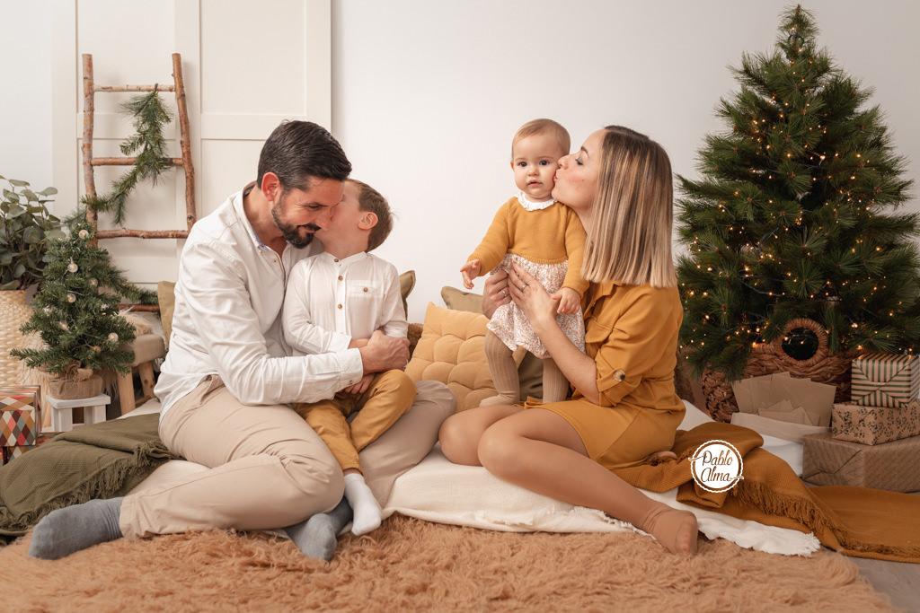 Foto de una familia en la Naturaleza